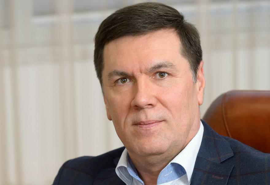 Рустам Арсланов, директор департамента продаж ГК «Гранель»