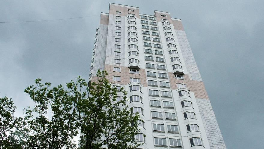 Столичный дайджест июля: подозрительный Urban Group, квартиры дешевеют, президентские долгострои