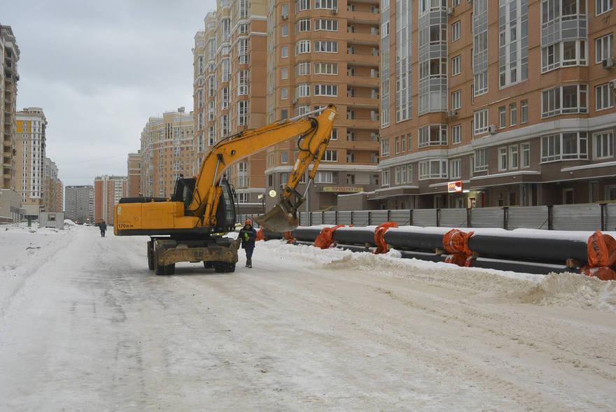 Столичный декабрь: женщина против долгостроев, обманутых рост, Москва ажиотажная