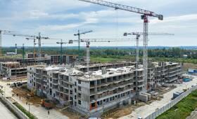 Выполнены работы по устройству монолитного каркаса 1-3 этажей.