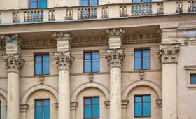 МФК «SOYUZ APARTMENTS»: В украшении фасада использованы колонны