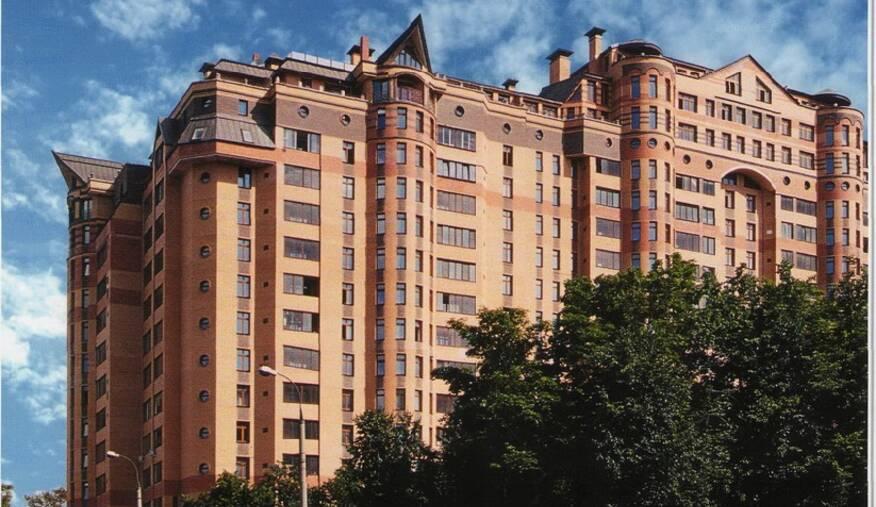 МФК «Дом с мезонином»