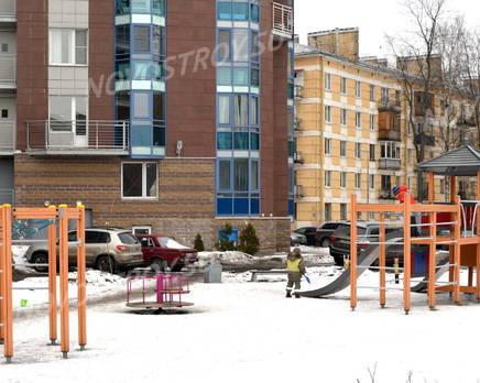 Двор жилого комплекса «Каравелла» (26.02.2013), Март 2013