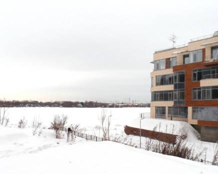 Окрестности жилого комплекса Lake house, Март 2013