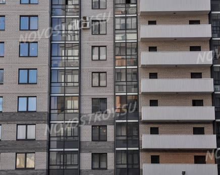 Фасад жилого комплекса «Маэстро» (28.04.2013), Май 2013