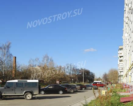 Стоянка ЖК на улице Любого, 11 (24.10.2013 г.), Октябрь 2013