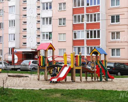 Детская площадка ЖК на ул. Автомобильной (29.11.2013 г.), Декабрь 2013