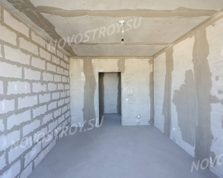Внутри жилого комплекса «Янинский каскад» (22.05.2014), Май 2014