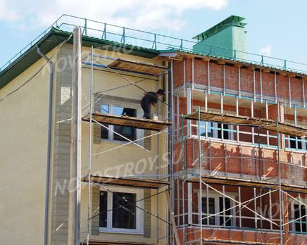 ЖК «Зеленая Москва - 1»: Фрагмент строящегося корпуса. 28.07.2015, Август 2015