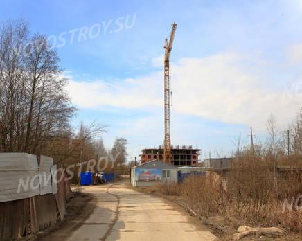 ЖК «Воронцов»: общий вид корпуса 2 с придомовой территории., Май 2016
