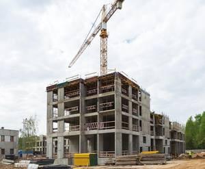 ЖК «Лесопарковый»: ход строительства (устройство вертикальных монолитных работ 5-го этажа на к. №6)