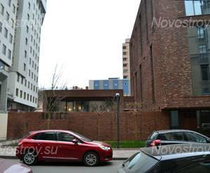 Вход в ЖК «Skuratov House» (15.11.12)