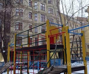 Детская площадка жилого комплекса «Green Plaza» (28.12.12)