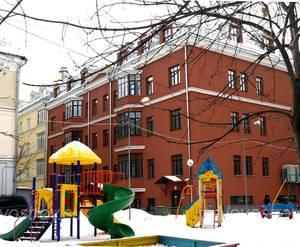 Детская площадка ЖК «Дом на Печатниковом переулке 19» (13.01.13)