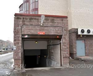 Въезд на подземную парковку ЖК «Дом на Варшавской» (26.02.2013)