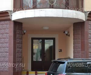 Подъезд ЖК «Дом на Демидовском переулке» (22.02.13)