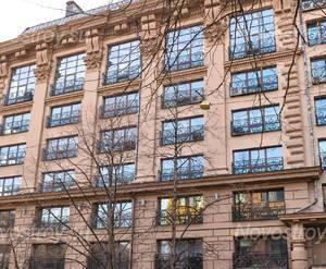 Фасад жилого комплекса «Manhattan House» (12.04.2013)