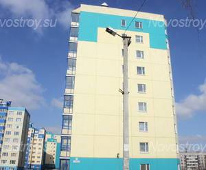 Фасад жилого комплекса «Колтуши 5+» (09.04.2013)