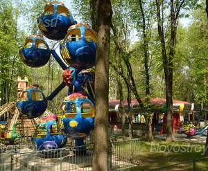 Детская площадка ЖК в Янтарном проезде (16.05.2013 г.)