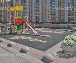 Детская площадка ЖК «Золотая гавань» (23.07.2013 г)