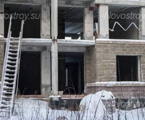 ЖК «Светлый город» (г. Электроугли): фрагмент строящегося корпуса, 11.02.2015