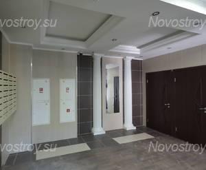 ЖК «Невский стиль»: холл корпуса 13А (10.04.2015)