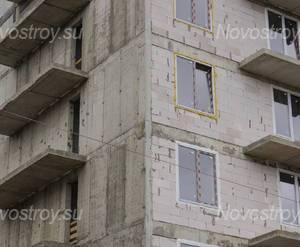 ЖК «Дом на Социалистической, 114»: северный угол здания (17.05.15)