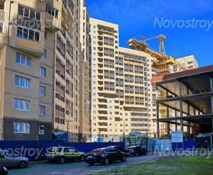 ЖК «Девяткино»: придомовая территория дома 7 (13.06.2015)