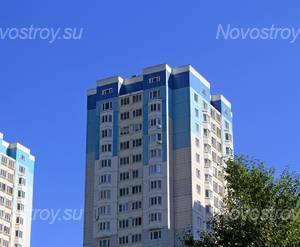 ЖК «в Молжаниновском районе»: 24.06.2015 - Фрагмент корпуса, верхние этажи