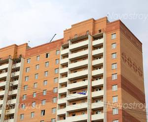 ЖК «Дом на улице Вокзальная»: 07.08.2015 - Фрагмент новостройки, верхние этажи