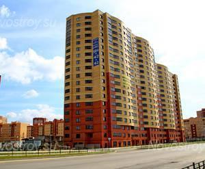 ЖК «Авиатор - парк»: 28.08.2015 - Строящийся корпус, вид с ул Баженова