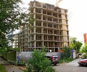 ЖК «Высокий берег»: 30.08.2015 - Строящийся дом, находится на стадии возведения средних этажей