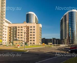 ЖК «Линкор»: общий вид на комплекс со двора (08.11.2015)