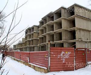 ЖК «Огни Ногинска»: 18.12.2015 - Строящийся корпус, строительство, очевидно, заморожено на стадии нижних этажей