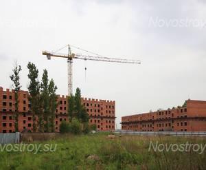 ЖК «Ленсоветовский»: общий вид с придомовой территории.
