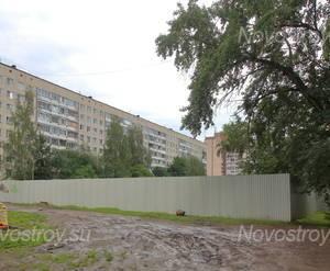 ЖК «Дом на улице Красных Партизан»: вид с прилегающей территории.