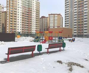 ЖК «Центр-2»: придомовая территория у корпуса 210 (фото из группы «Вконтакте»)