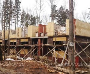 ЖК «Шервудский лес»: ход строительства корпуса Ричмонд 21 (фото из группы «Вконтакте»)