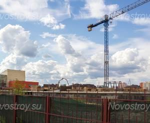 Малоэтажный ЖК «Потапово Lite»: Общий вид на стройплощадку, строительство заморожено