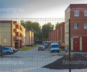 Малоэтажный ЖК «Ивановские пруды»: Внутренняя улица между корпусами