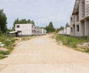 Малоэтажный ЖК «Альпийская деревня»: ход строительства