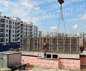 Малоэтажный ЖК «Новый Петергоф»: ход строительства