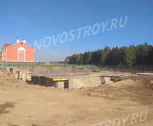 Малоэтажный ЖК «Бакеево-Парк»: ход строительства корпуса №14 из группы застройщика