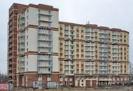 ЖК «Янинский каскад-3»: рабочие приступили к установке балконных ограждений
