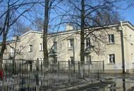 На месте послевоенного коттеджа в Приморском районе построят пятиэтажку