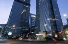 Самые богатые люди Москвы и Петербурга скупают недвижимость, спрос на элитное жилье увеличился на 40%