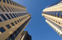 Аналитики полагают, что из-за дороговизны жилья, люди будут скупать апартаменты