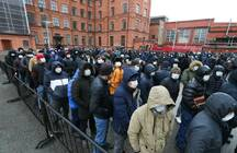 В Петербург возвращаются мигранты