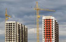 Власти констатируют бум новых проектов жилья и разрешений на строительство. Цены это только затормозит, отмечают эксперты