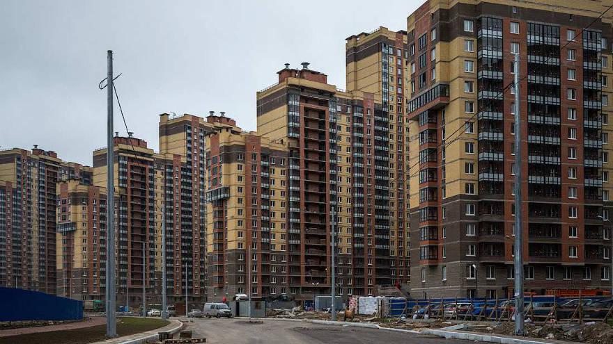 Минстрой сообщил о снижении активности строительства многоквартирных домов